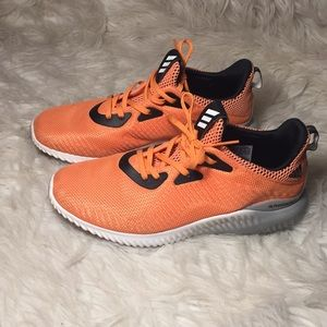 Like new adidas alpha bounce sneakers